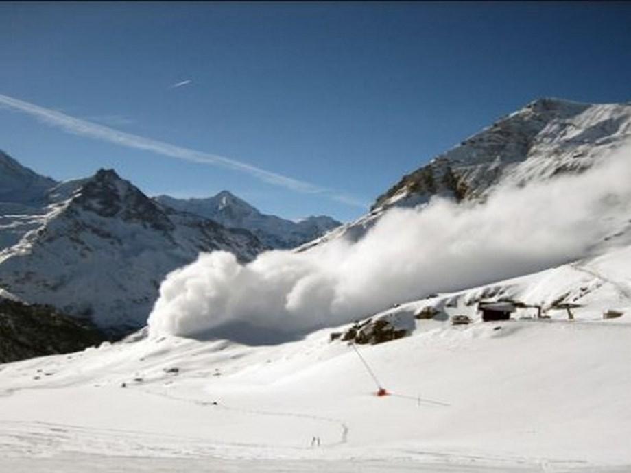 Army man dies in snow slide in Dras sector