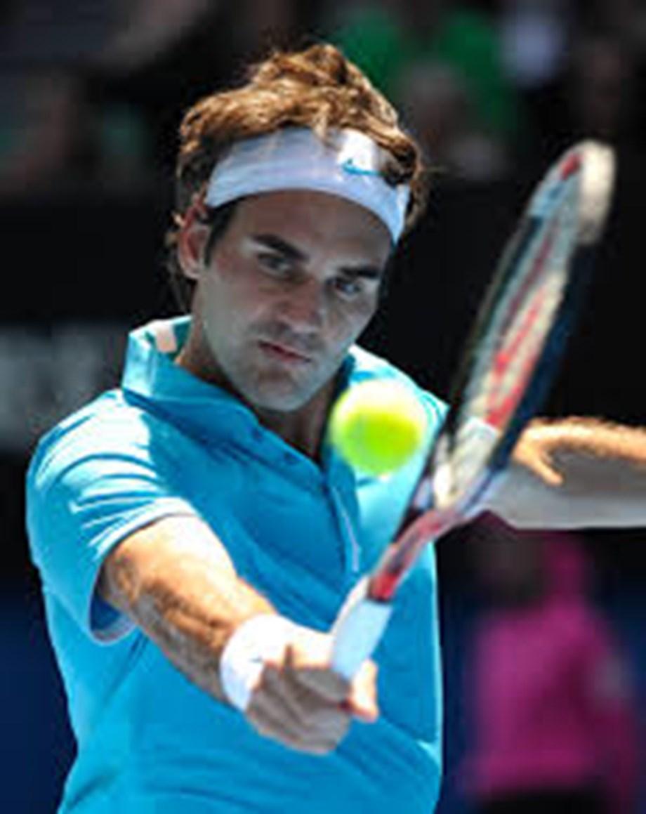 UPDATE 1-Tennis-Federer up against it after Thiem defeat