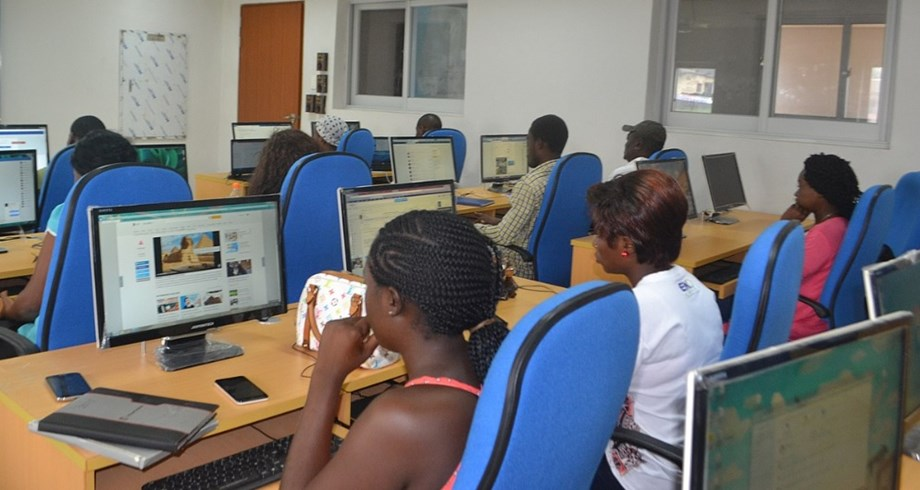 Women from Namibia on path tocareer inICT field with UN support