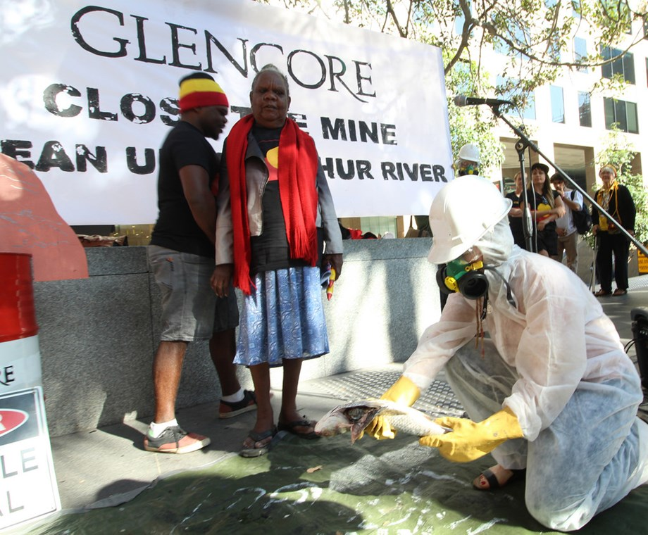 CCI raids Glencore, Edelweiss  offices in Mumbai over corruption in pulse prices