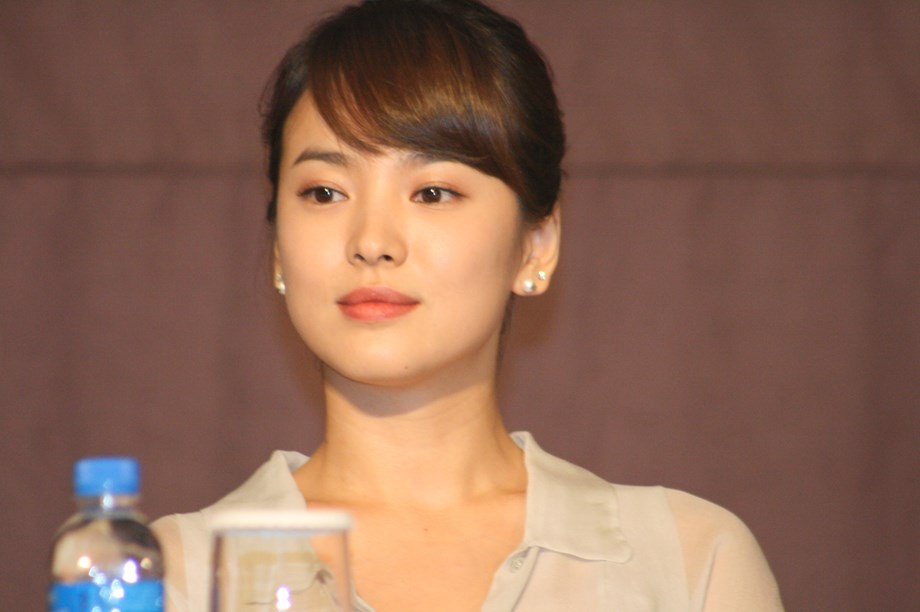 Song Hye-Kyo Signs Second Contract with the Makers of the Grandmaster