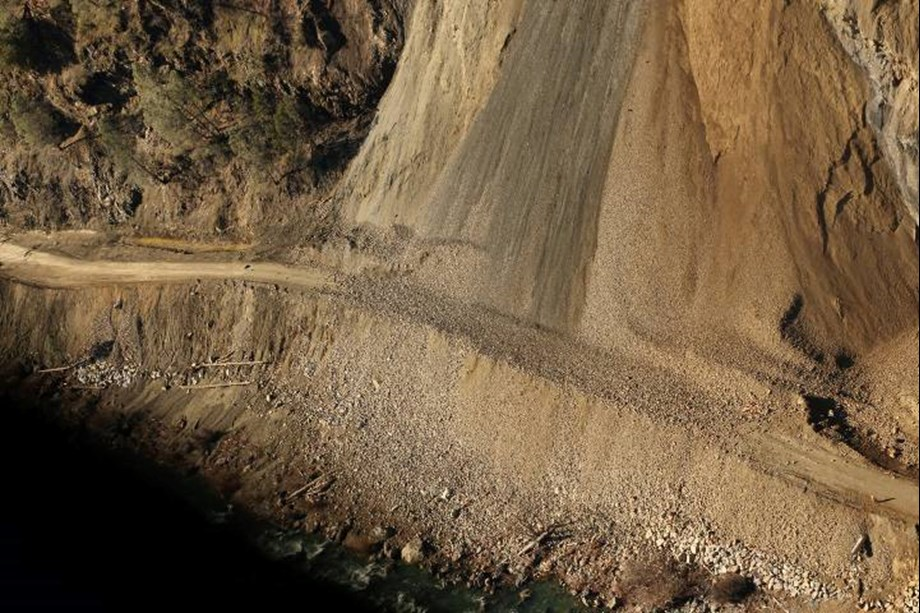 Traffic on Jammu-Srinagar highway suspended after landslide