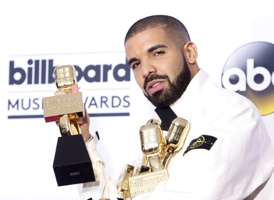 Drake under fire again for 'inappropriate behavior' with minor in 2010