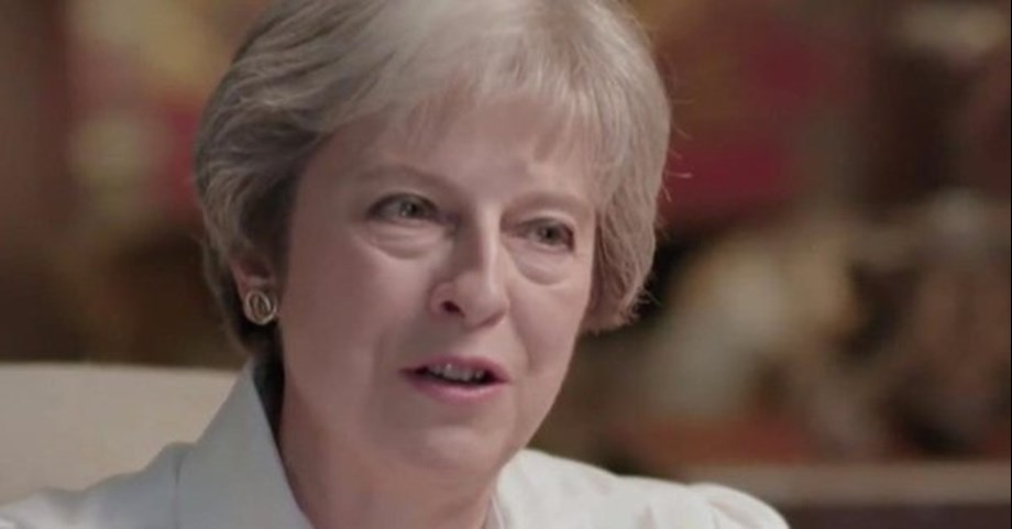 UPDATE 1-UK PM May faces confidence vote as Brexit ticks down to the line