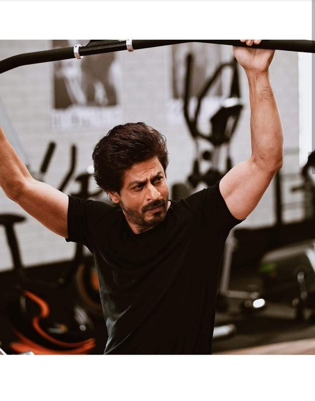 Always feel I am not good enough, therefore put efforts in work: Shah Rukh Khan