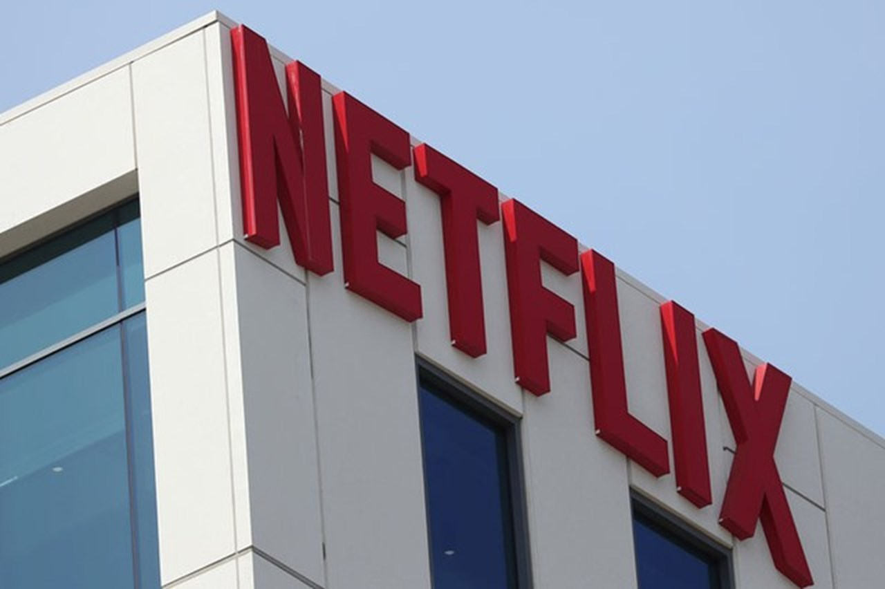 Netflix to release upcoming three movies in theaters ahead of online debut