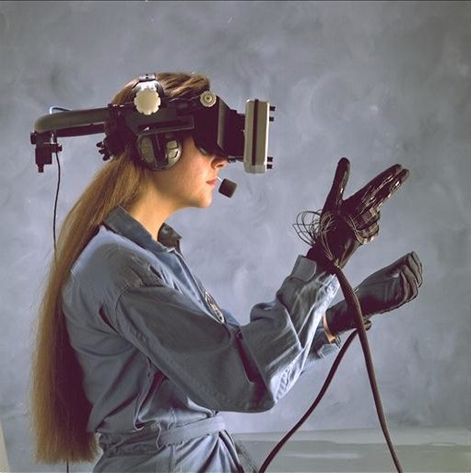'Novel AR head-mounted display offers realistic 3D viewing experience'