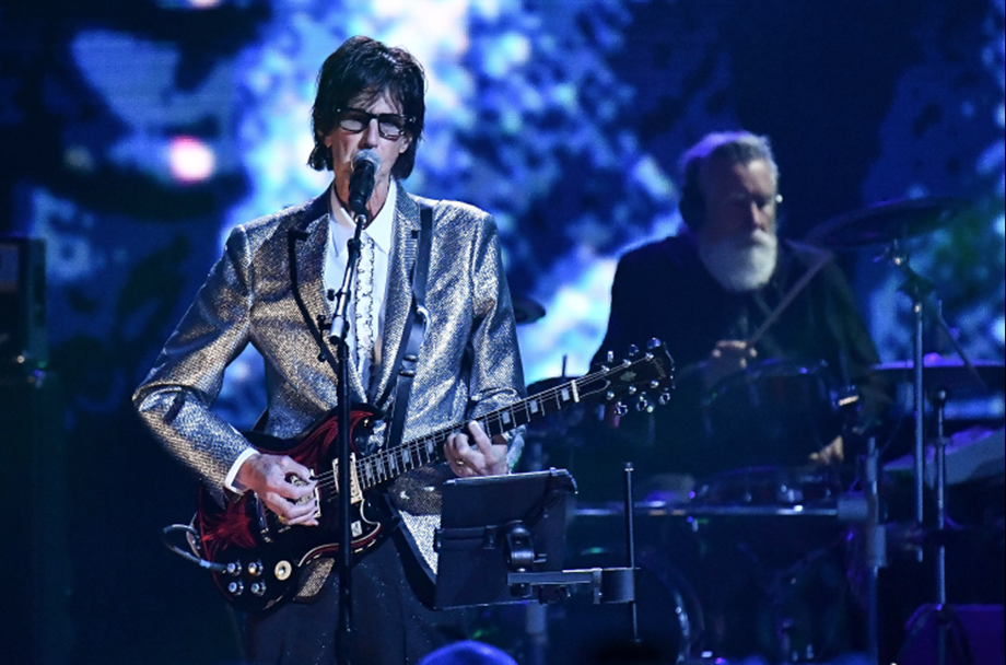 Cars front man Ric Ocasek dies, aged 75, while recovering from surgery