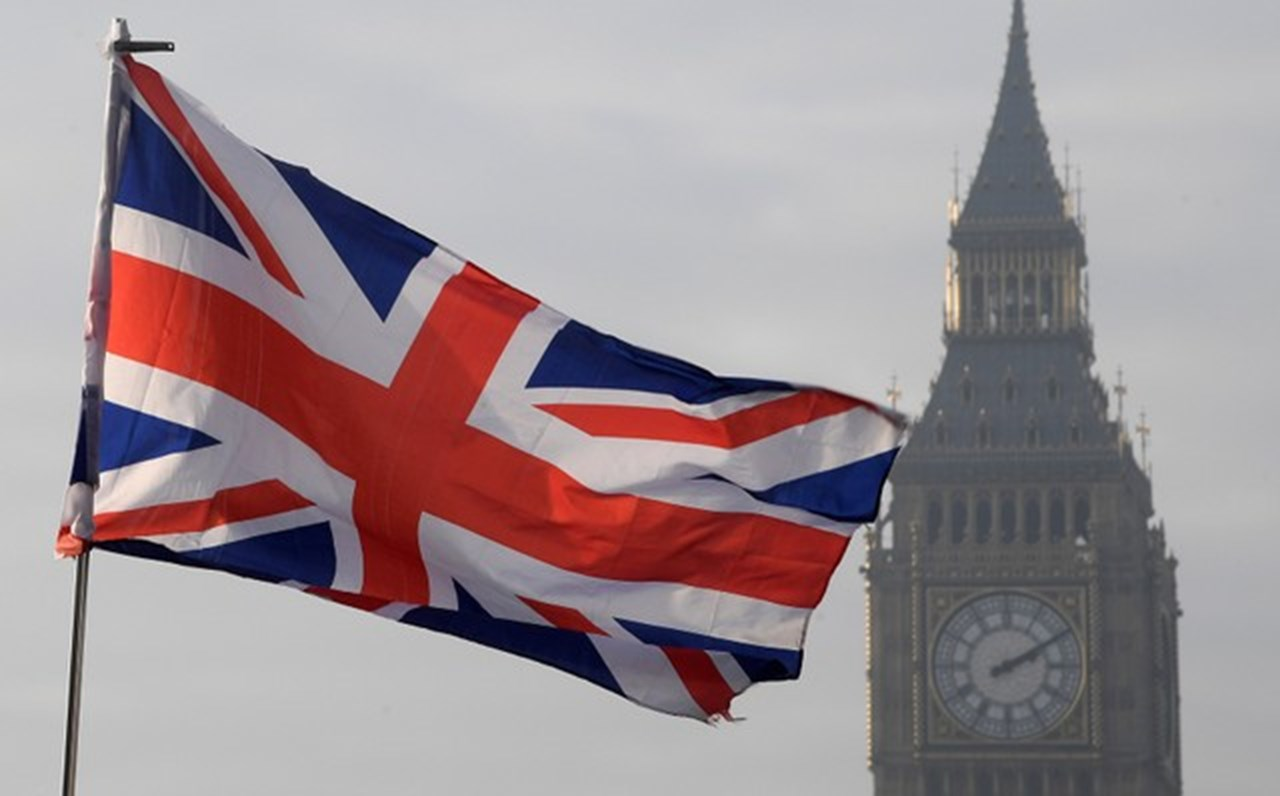 UK's next year biggest challenge 'debt-refinancing bill'
