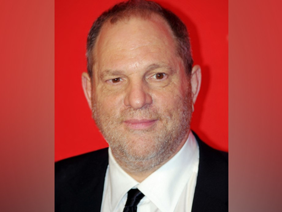 UPDATE 2-New York prosecutor says former movie producer Weinstein abused his power