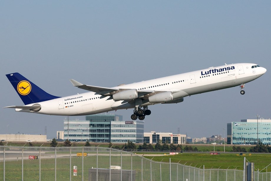 Lufthansa flight from Spain to Germany declares mid-air emergency - report