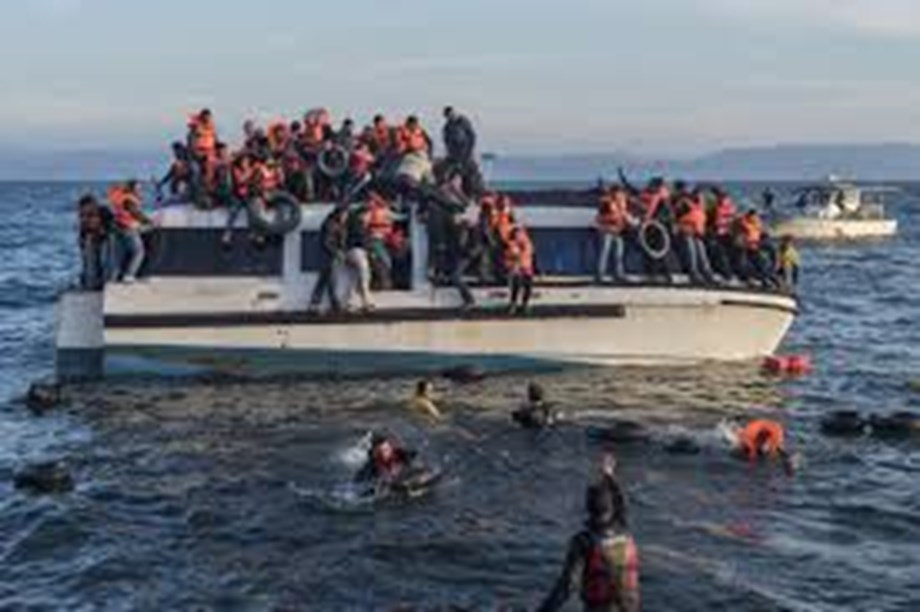 Italy retrieves seven bodies from Oct. 7 migrant shipwreck