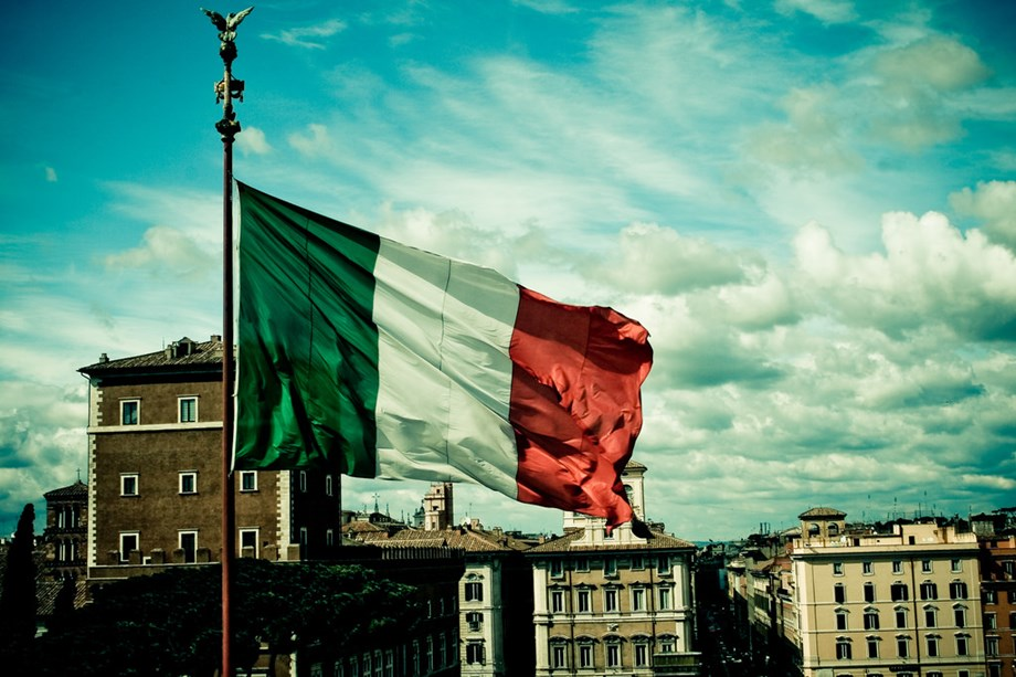 UPDATE 1-Italy's bond yields tumble on budget hopes, Bund yields at new highs