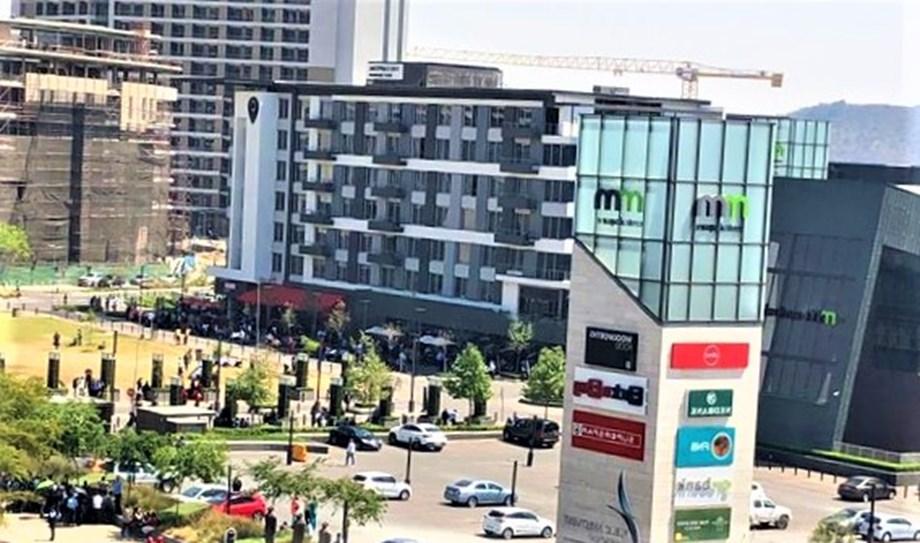 Pretoria: Menlyn Maine mall evacuated due to bomb threat