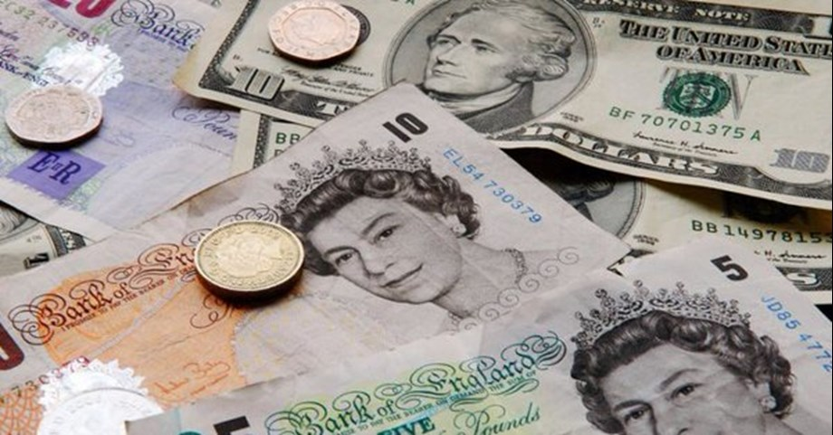 Traders most negative on pound outlook since 2016 Brexit referendum