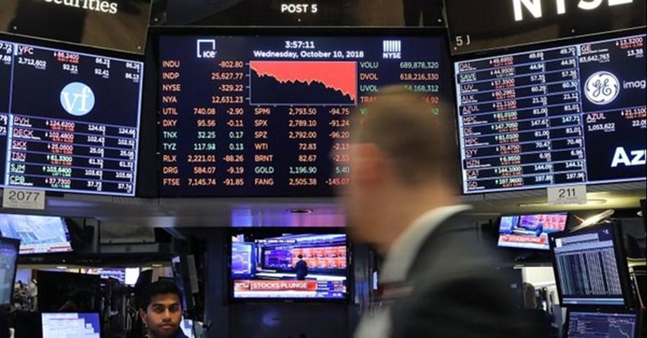 Emerging markets stocks steady; Lira, Rand slips