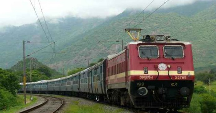 Railways mull indicators to prevent accidents due to boarding on running trains