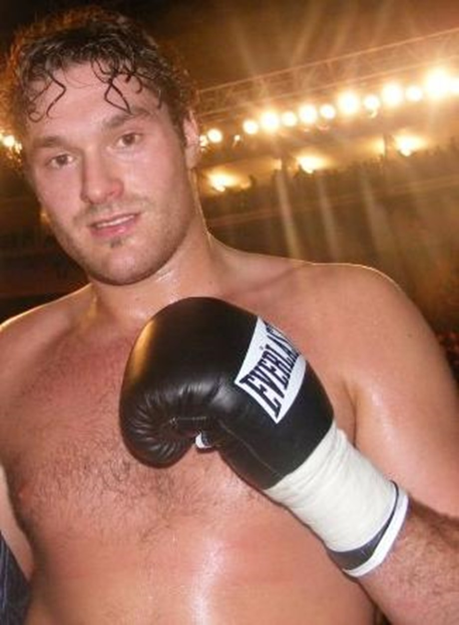 Tyson Fury, ESPN signs broadcast rights deal