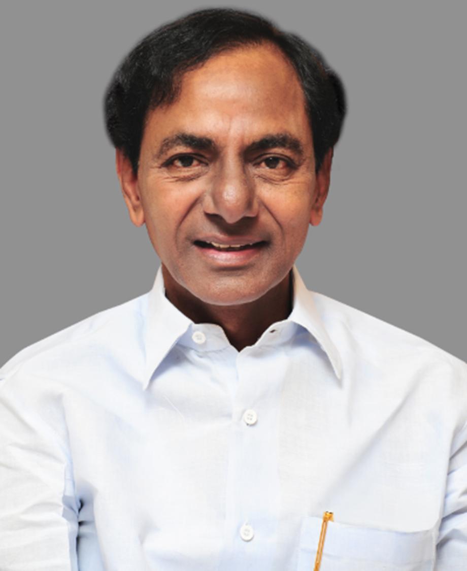 Rao meets Fadnavis in Mumbai;invites him to Kaleswaram project