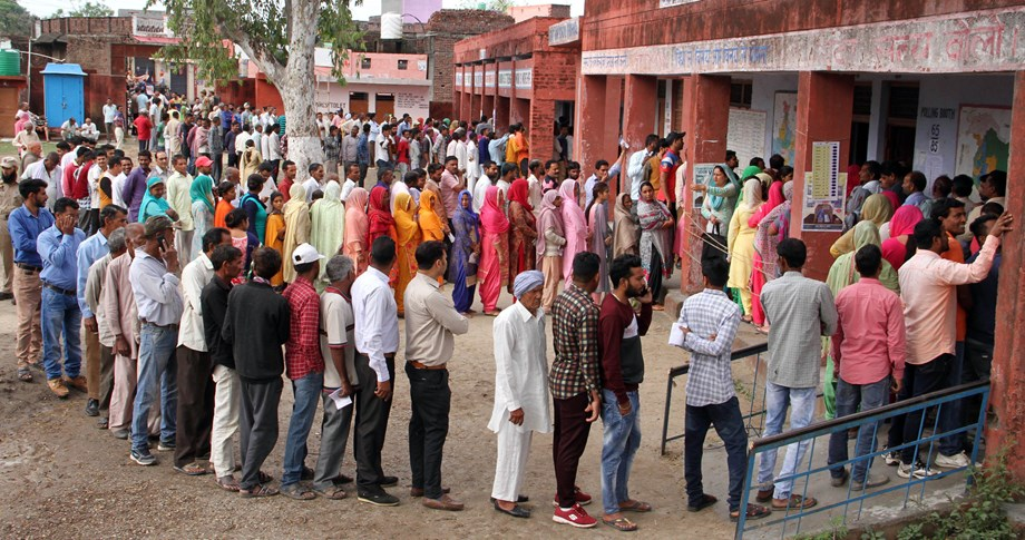 Violence in Chattisgarh, EVM failures in Nanded as second phase polling begins