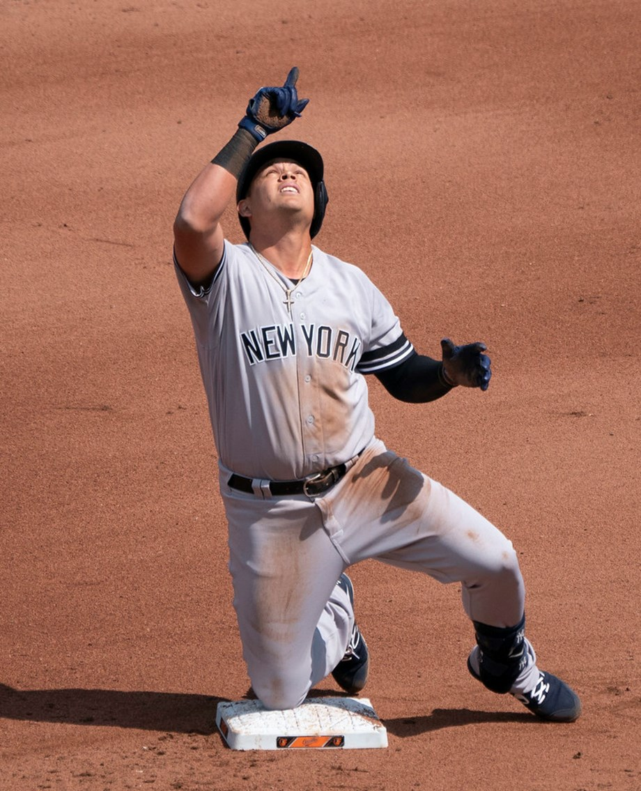 Urshela walk-off caps rally as Yankees top Rays