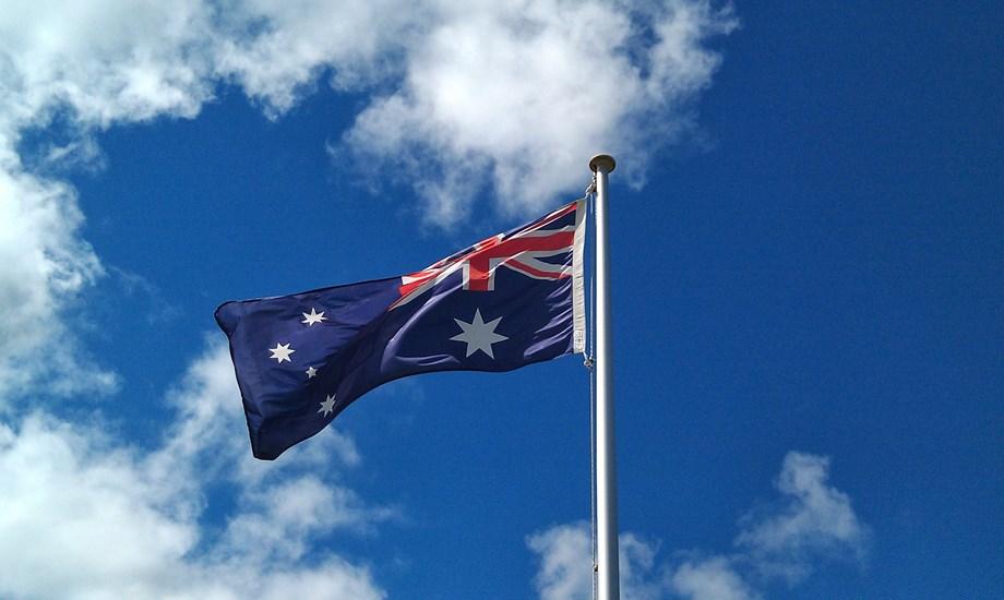 POLITICS-Australian govt warns released student not to return to N.Korea