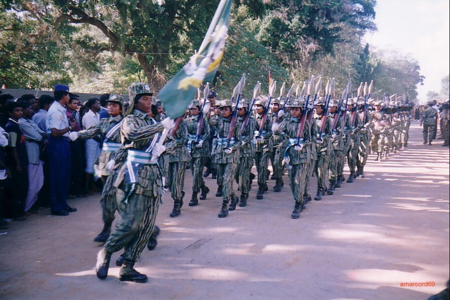 UPDATE 2-U.S. bans Sri Lankan army chief from entry, citing civil war abuses