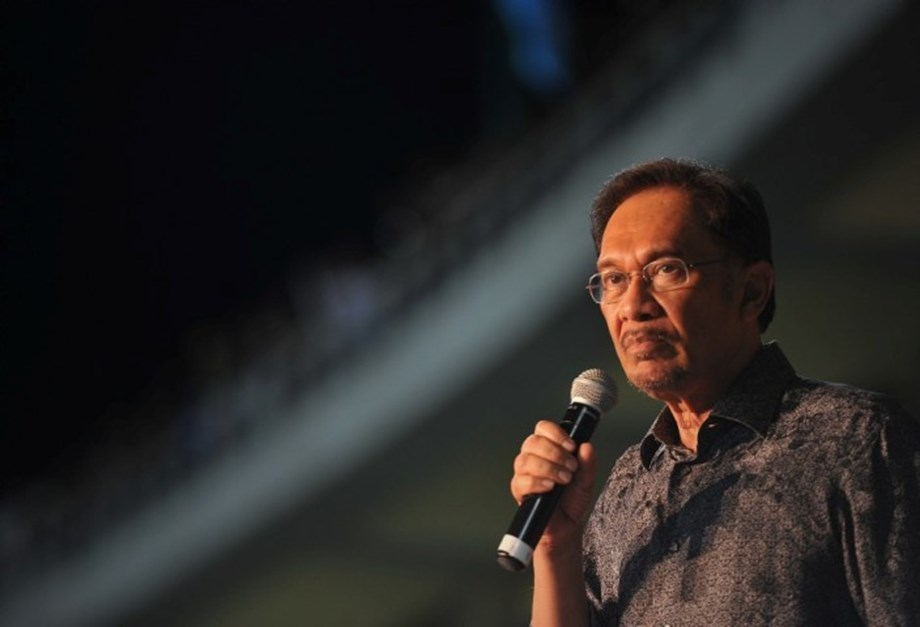 UPDATE 1-Police to question Malaysia's Anwar over sexual assault claim