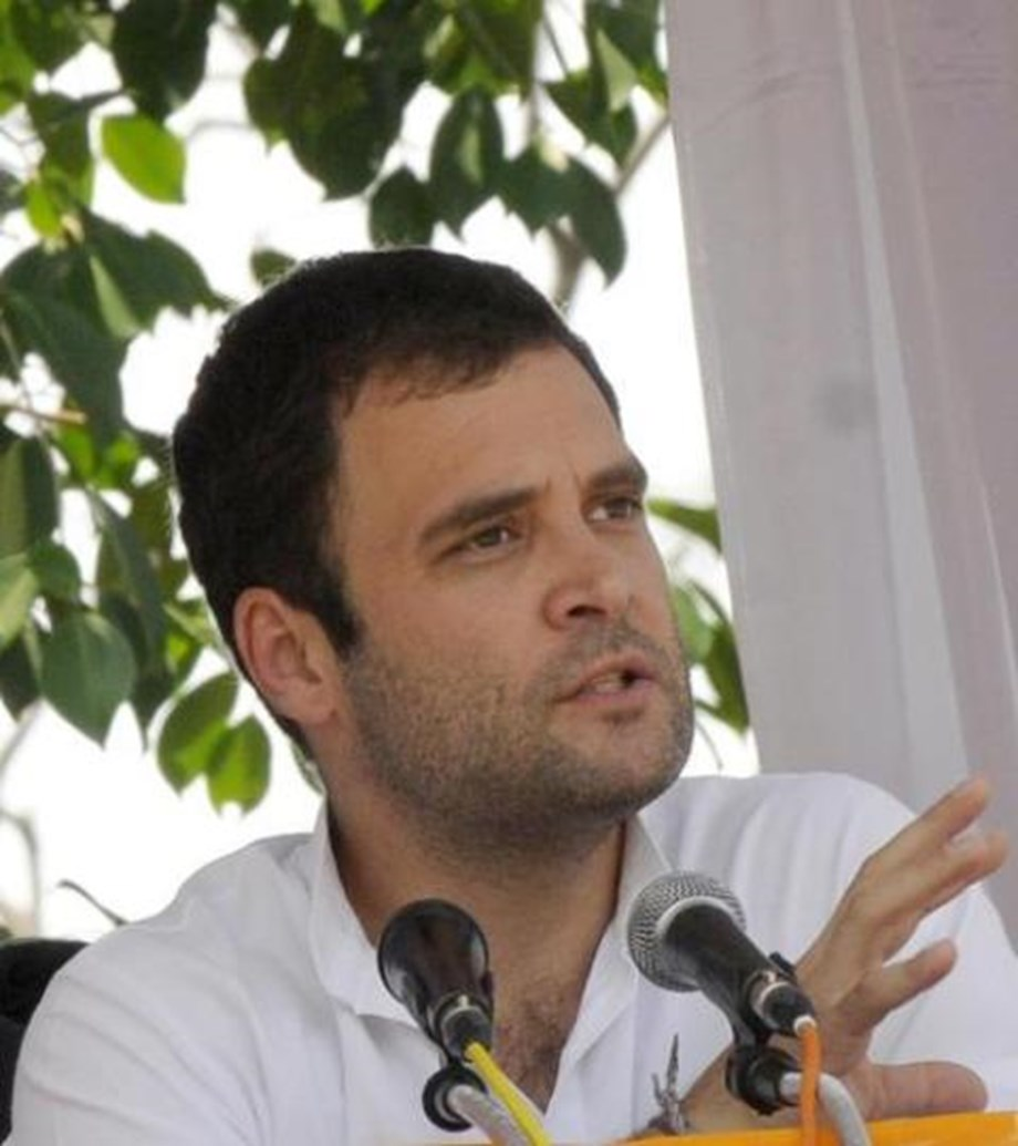 """Rahul Gandhi hopes RBI Governor and his team to show PM Modi """"his place"""""""