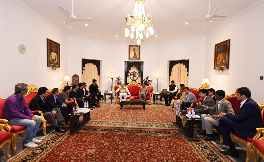 PM Modi held meeting with delegates of Hindi film industry