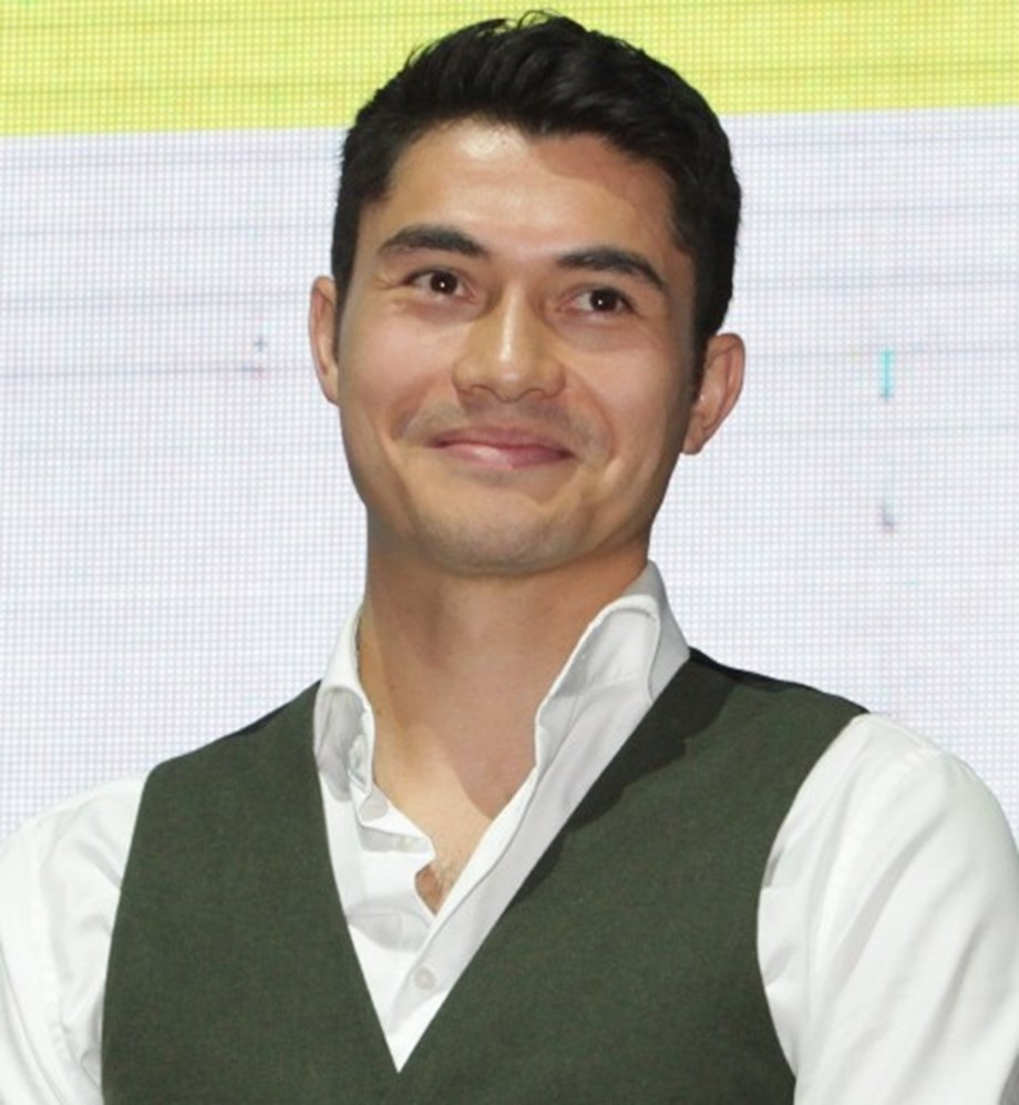Henry Golding maintains silence on replacing Craig as James Bond in 'Bond 26'