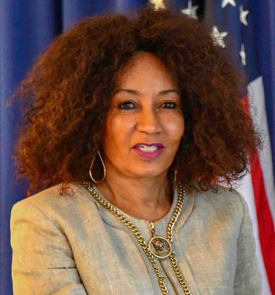 Lindiwe Sisulu reiterates all KZN projects must be implemented on budget