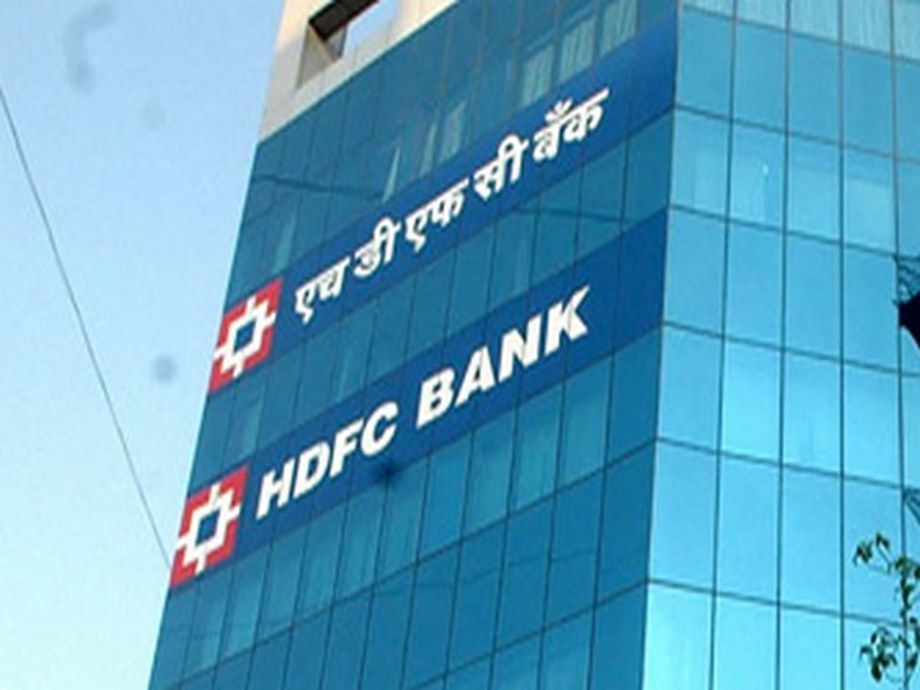 HDFC buys out Reddys from Apollo Munich Health for Rs 1,347cr