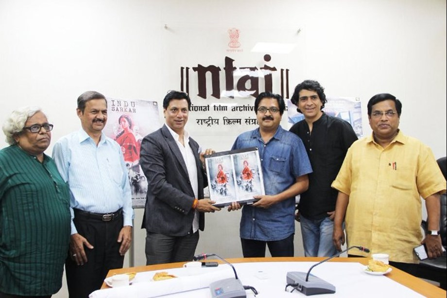 Madhur Bhandarkar hands over digital copy of 'Indu Sarkar' to NFAI Director
