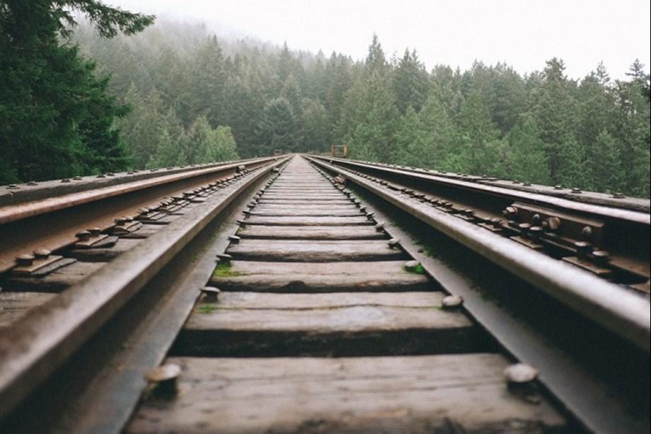 Three workers killed while crossing railway track in Maharashtra's Raigad