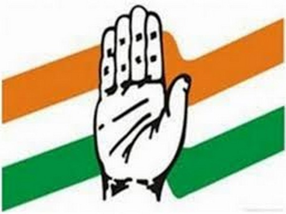 Indian economy in crisis, fiscal deficit actually at 8 pc: Congress