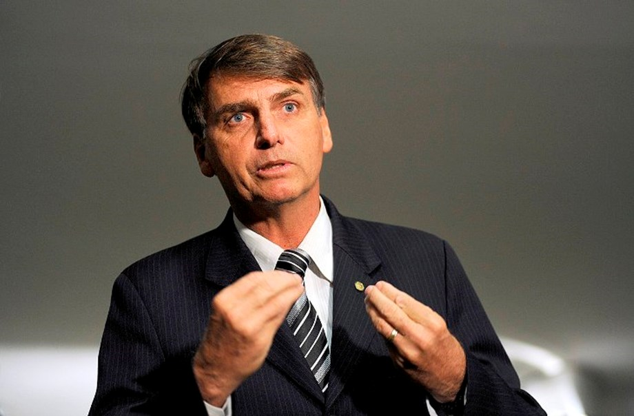 Bolsonaro to keep low interest rates, inflation