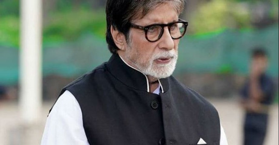 Big B starts shooting for upcoming film 'Jhund' in Nagpur