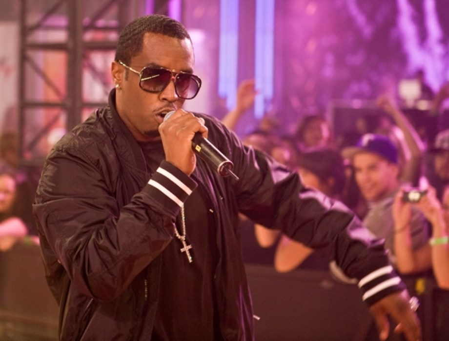 Trying to wake up out of this nightmare, says Diddy on ex-girlfriend Kim Porter's death