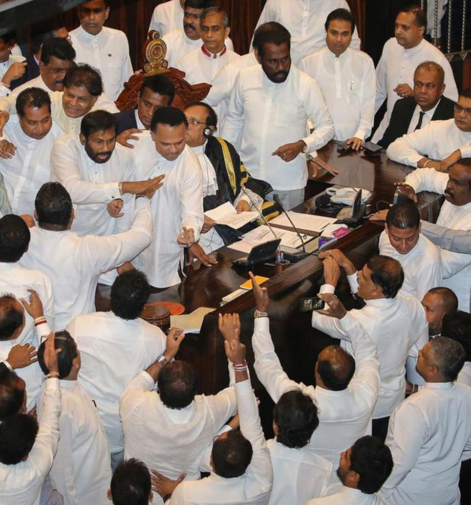 After 2 PM, Sri Lankan parliament got 2 opposition leaders