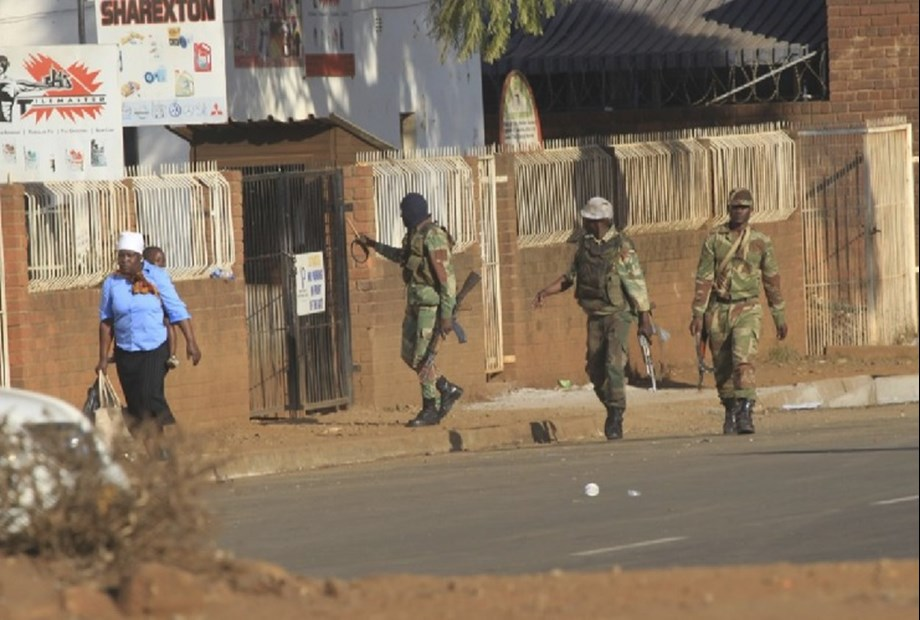 Zimbabwe inquiry reveals police and army responsible for killing 6 protestants in August