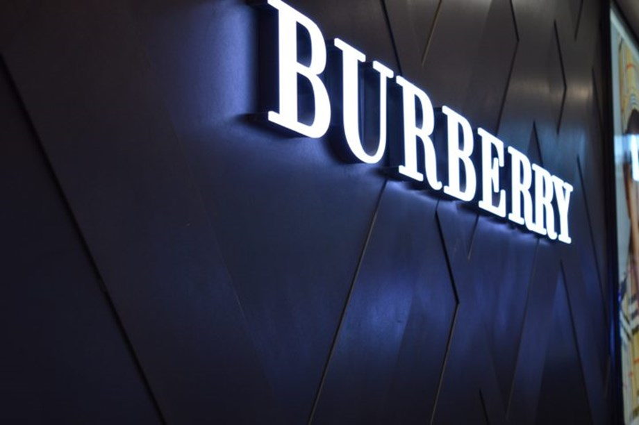 UPDATE 2-Burberry weathers Hong Kong slump by selling more in mainland China