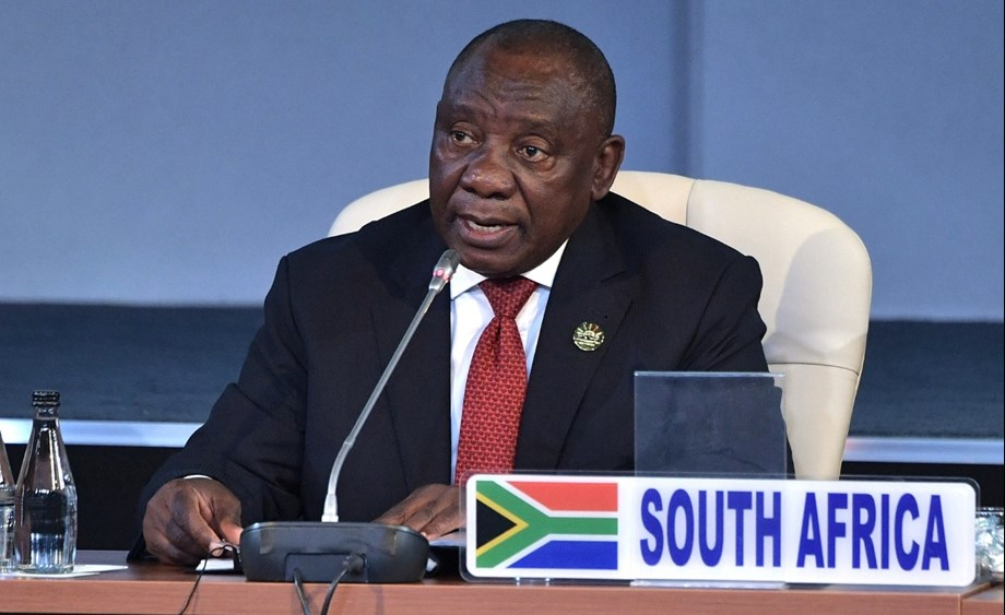 UPDATE 2-South Africa's Ramaphosa says to speed up economic reforms, fix Eskom