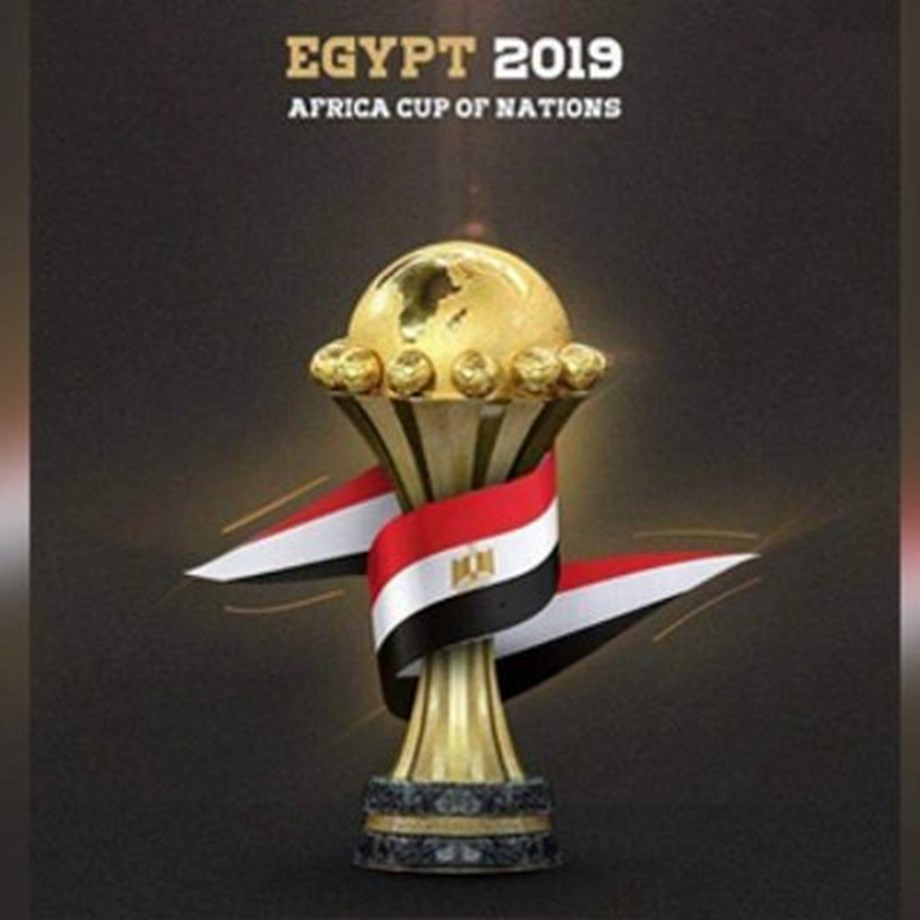 Soccer-Egypt fans bitter as unloved team crash out of African Cup
