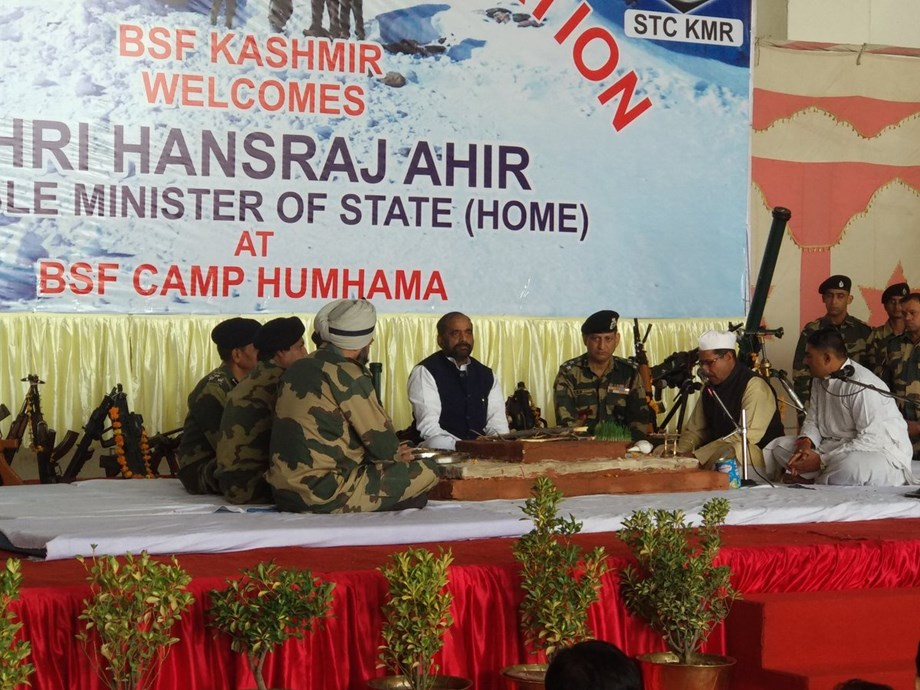 Naxals do not believe in press or democracy: Min Hansraj Ahir