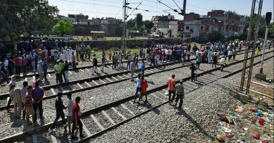 Railways working to stop people from travelling on roof of trains