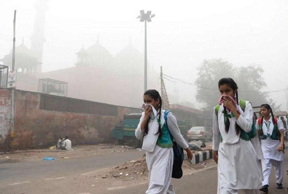 "Delhi pollution hit ""severe"" heights, triggered by Diwali fireworks"