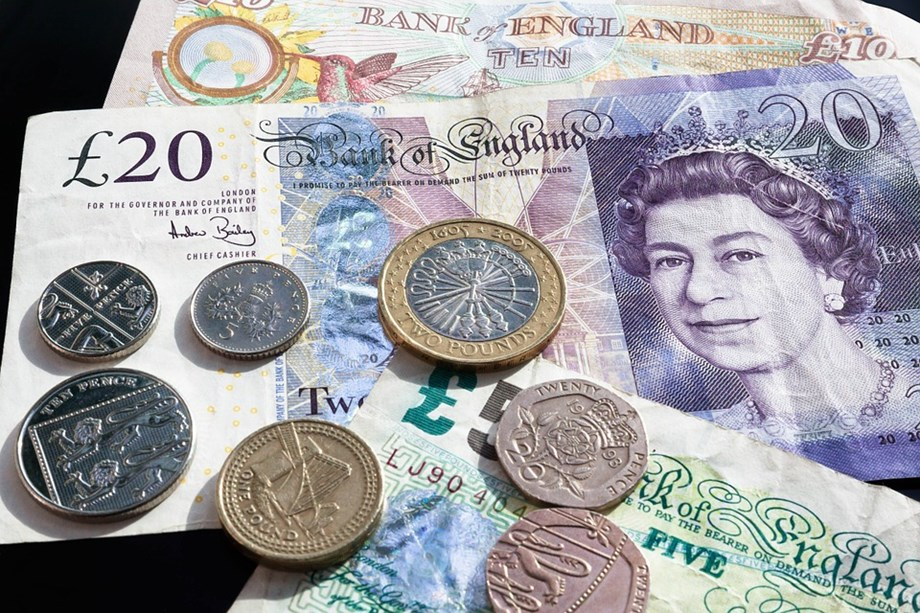 Pound stays on course for its biggest weekly gain after Brexit delay vote