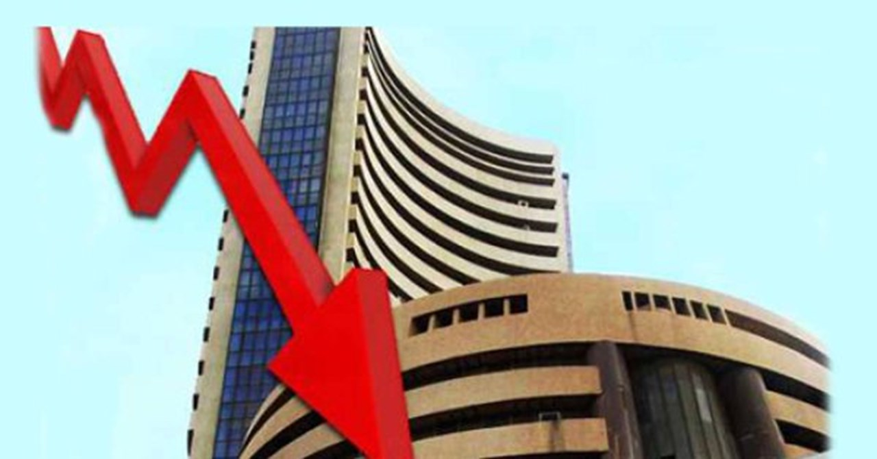 Sensex recovers over 100 points, Nifty reclaims 11,000