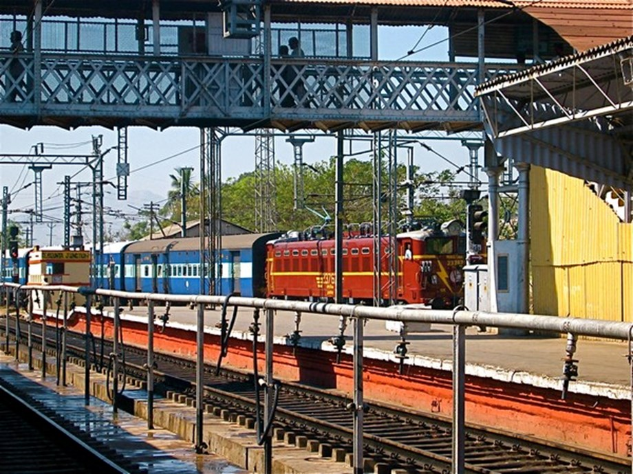NITI Aayog's PPP model of privatization may put Indian Railways in permanent deficit